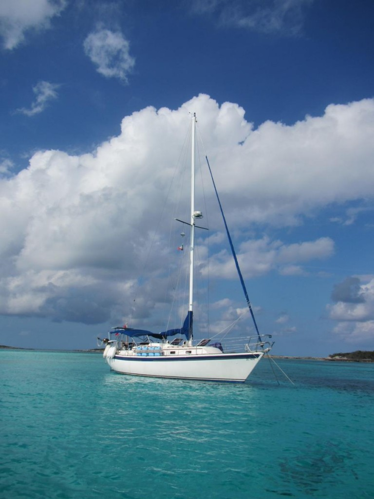 Anchored Between Leaf and Allen's Cays